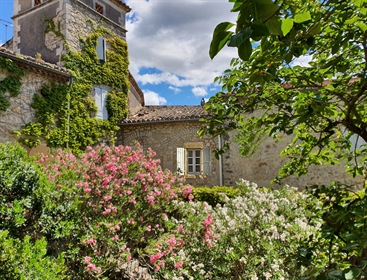 18Th century property with courtyard, garden and swimming pool for sale near Barjac