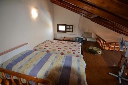 Vivenda: 197 m²