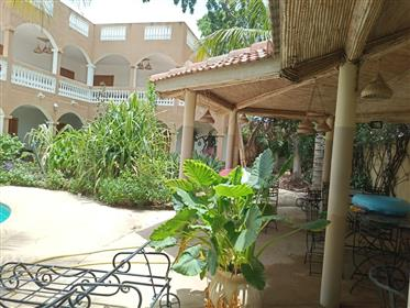 Villa Avec Piscine A Vendre A Saly