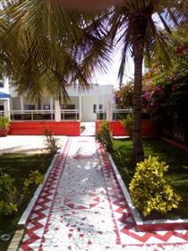 Villa a vendre a saly avec piscine