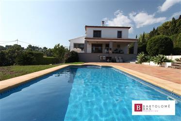 Villa con vista al mar y 6 dormitorios, Cap Marti, Javea