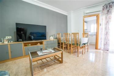 Spacious and fresh apartment in the center of Torrevieja