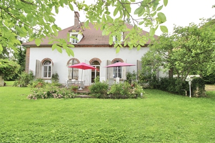 ~Levainville-Wrb Conseil Immobilier is pleased to present this magnificent house of approx