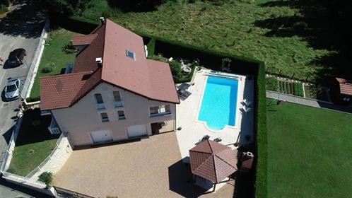 Beautifoul Villa with pool