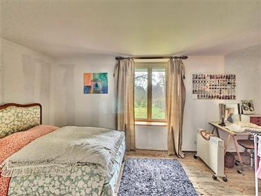 Beautiful renovated double farmhouse M9851-27103