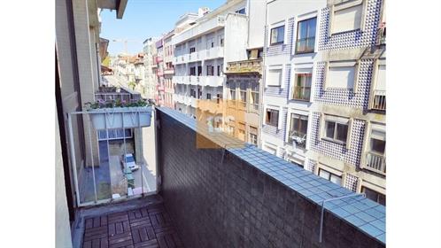 Apartamento T1 ao metro do Marquês
