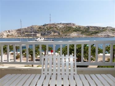 Apartment with terrace and panoramic sea view - Frioul Islands (Maritime Park)