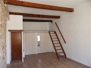 """Apartment in the heart of """"Saint-Victor"""" (7th District)"""