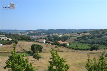 Land for construction located in the village of Feteira