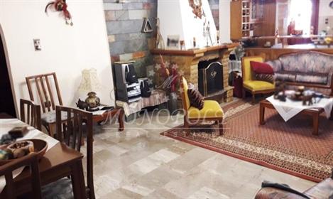 (Προς Πώληση) Κατοικία Μονοκατοικία || Ν. Ευρυτανίας/Καρπενήσι - 116 τ.μ, 4 Υ/Δ, 320.000€