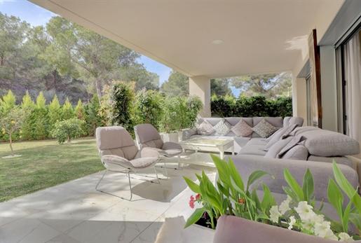 Planta baja amplia, moderna y luminosa de 3 dormitorios con ...