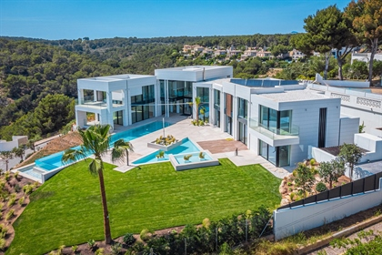 We have for sale this brand new house located in Portal Vells. This modern house will have...