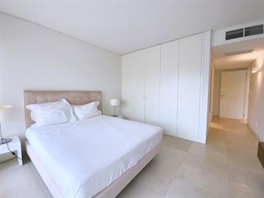 Apartment mit 2 Schlafzimmern in Troja