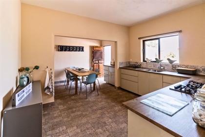 Charmante Villa Mit 4 Schlafzimmern, Ideal Für Ein B&B