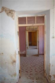 Oportunidade! Tipica Casa Algarvia Para Renovar