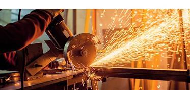 Vende-Se serrilharia / metalúrgica