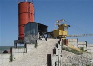 Пройзводствена база,цех и бетонов възел.