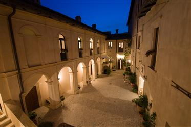 16Th century palazzo with courtyard