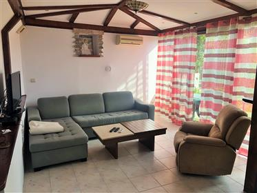 Topla Apartment with garden!