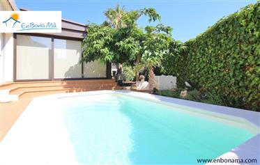 Impeccable 4 bedroom villa with pool, south facing