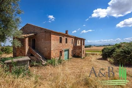 Rustico/Casale/Corte di 500 m2 a Castiglione del Lago