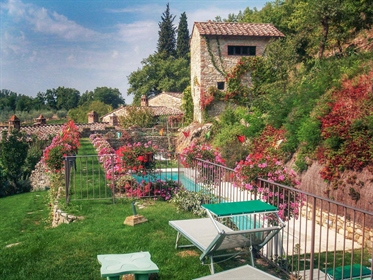 Rustico/Casale/Corte de 600 m2 em Castellina em Chianti