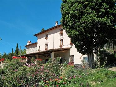 Rustico/Casale/Corte di 660 m2 a Rignano sull'Arno