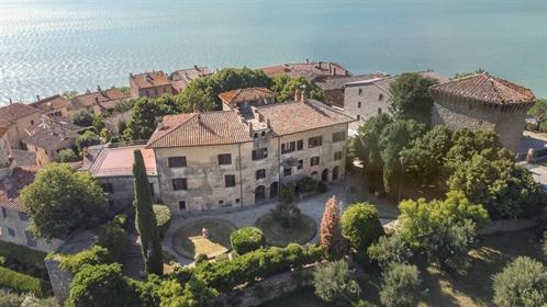 Villa o villino di 1538 m2 a Magione