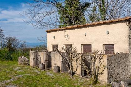 Rustico/Casale/Corte di 320 m2 a Sarteano