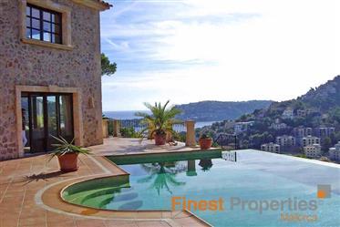 Einmaliges Anwesen im Landhausstil in Hafennähe von Port d'Andratx auf 50.000m² Grundstück