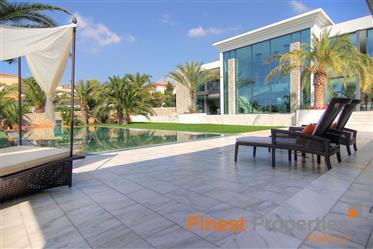 Extravagante moderne Luxusvilla in Nova Santa Ponsa
