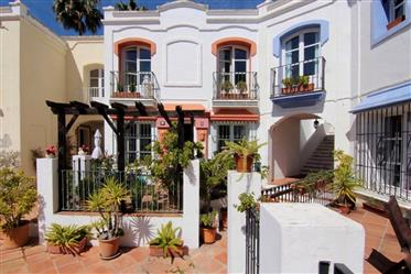 Andalusian Home in La Heredia