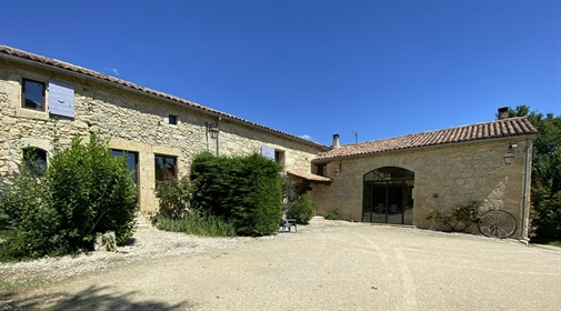 Beautiful country property with guest cottage, pool, gîte an...