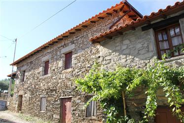 Antigua Casa Tradicional en Tras-os-Montes