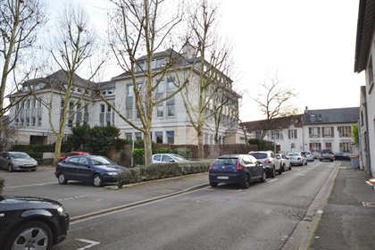 Local commercial 260m2 - Poissy Collegiale