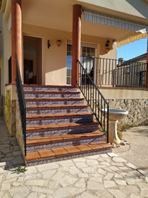 Villa with sea views, four bedrooms 2 kitchens equipped two living rooms fireplace 2 bathr