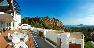 Villa de lujo moderna con vistas al mar en Altea