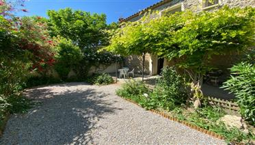Charmante maison en pierre avec jardin près de Narbonne