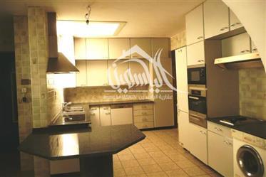 Vivenda: 1.500 m²