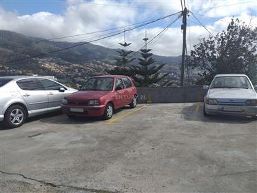 Moradia V1 em Santo António