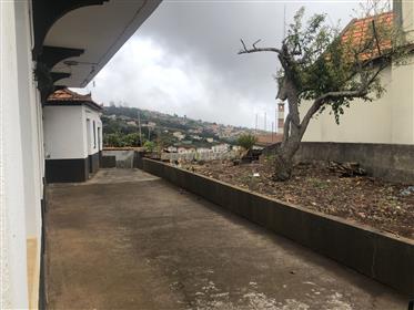 Moradia na Calheta - Lombo da Atouguia