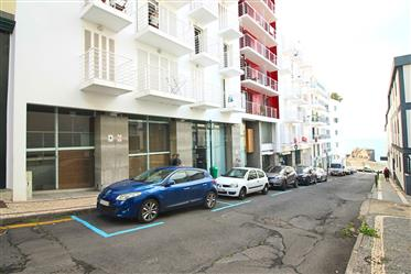 Local comercial: 21 m²