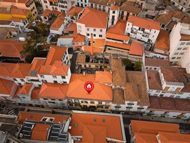Prédio no Centro do Funchal