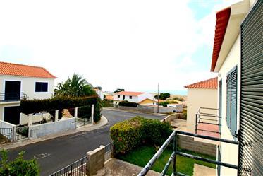Moradia em Banda V2 no Porto Santo - 100% Financiamento