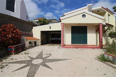 Moradia V3 no Garajau, Caniço, Madeira, Portugal