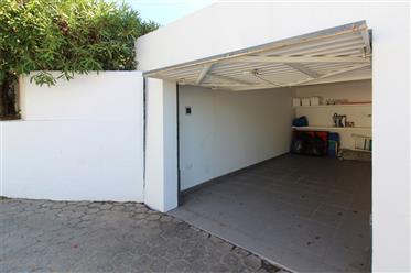 Modernizado a um nível 3 quartos villa no coração de Carvoeiro