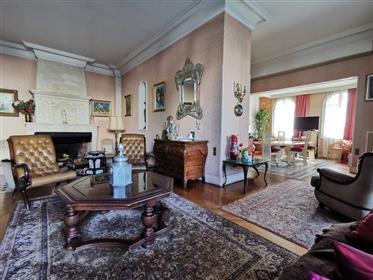 Рядом с парком Бордoле - Дом общей площадью около 175 м² + Цокольный этаж