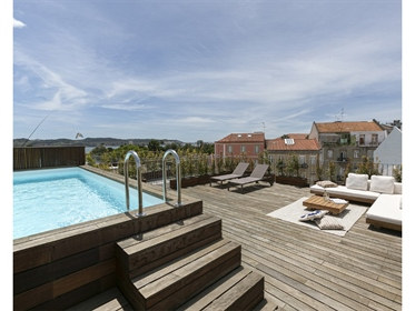 3-Bedroom Apartment, Belém (Lisbon) with Terrace, Sea and Garden View.