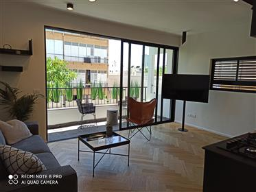 1 step from the seashore, Geula side, amazing renovated apartment