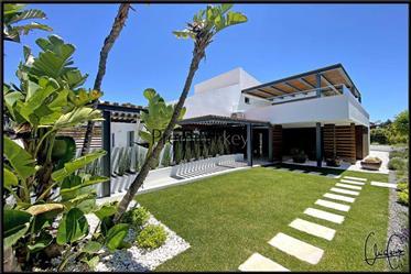 4 bedroom detached villa with pool in Albufeira